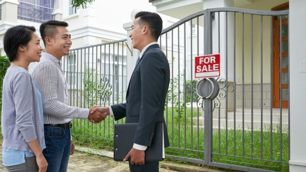Is There a Difference Between Mortgage Broker and Real Estate Agent?